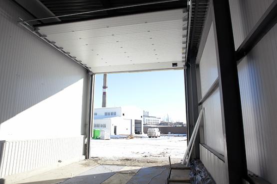 Идет монтаж 14-ти автоматических ворот и уравнительных платформ для ЧЕРКИЗОВО-СВИНОВОДСТВО г.Данков