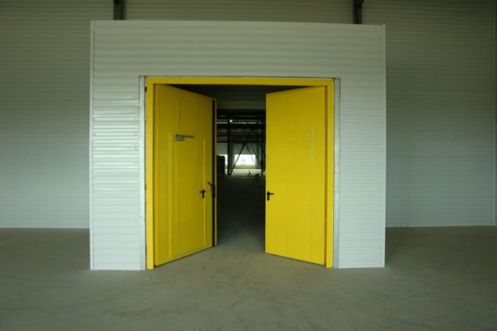 Поставка и монтаж промышленных ворот для АО «Генборг»
