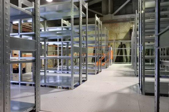 Поставка и монтаж мезонинной стеллажной конструкции для АО АПО«АВРОРА»