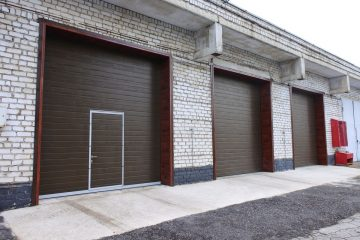 Ворота промышленные гаражные и стеллаж для АО Липецкий хладокомбинат