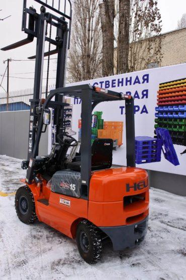 postavka-pogruzchika-dlya-ooo-art-print-cherez-lizingovuyu-kompaniyu-ao-vtb-lizing-11