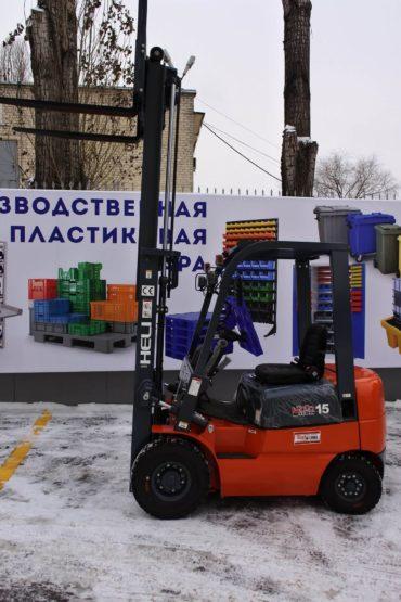 postavka-pogruzchika-dlya-ooo-art-print-cherez-lizingovuyu-kompaniyu-ao-vtb-lizing-12